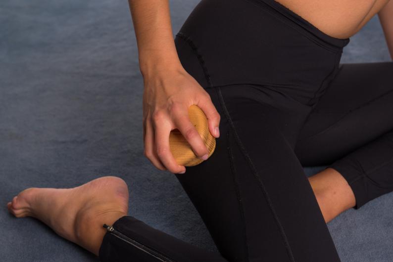 Massage- & Faszien-Vulkan + Ball Ø 5cm